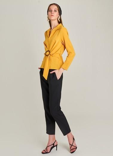 Monamoda Beli Tokalı Bluz Sarı